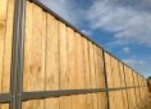 Kwikfynd Lap and Cap Timber Fencing austinmer